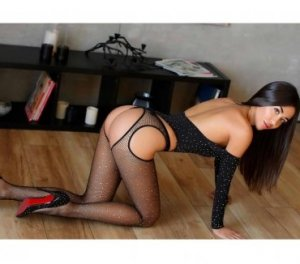 Marie-jasmine vietnamese escorts in Short Pump, VA